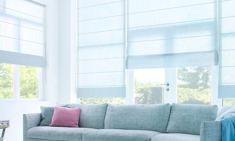 Block Extra Sunlight With Curtain Blinds